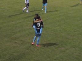 Protagonisti del vantaggio: Guercilena e Garbujo festeggiano il gol