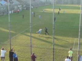 Il giovane De Marchi scocca il tiro della vittoria!