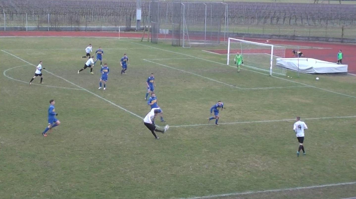 Gol annullato a Fusciello: il fotogramma mostra la sua posizione al momento del tiro di Garbuio