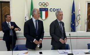 Il presidente del Coni Malagò con il presidente della Lng Cosimo Sibilia (foto lnd.it)